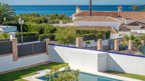 Villa de 3 dormitorios en venta en Las Chapas – R3423805 en