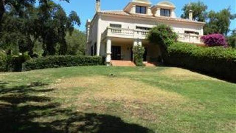 5 bedroom Townhouse for sale in Sotogrande Alto – R3204976