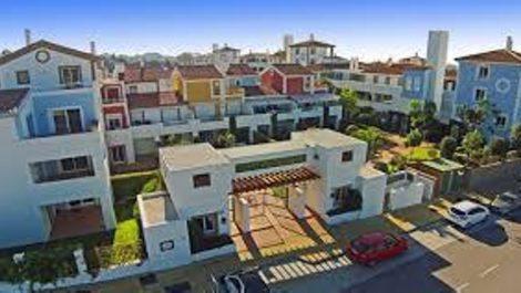 Apartamento de 2 dormitorios en venta en Estepona – R2962649