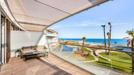 Luxurious penthouses in Estepona in