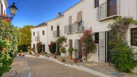 2 bedroom Townhouse for sale in Nueva Andalucía – R3275320