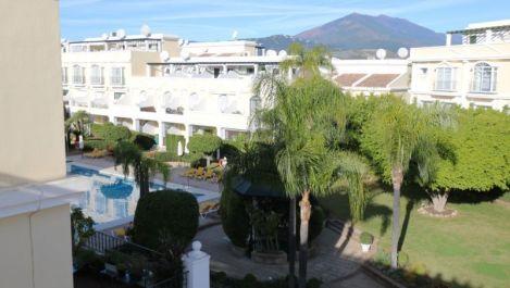 Adosado de 2 dormitorios en venta en Nueva Andalucía – R3345811