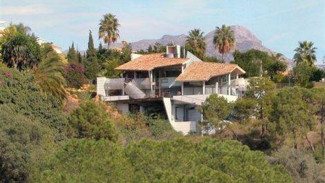 Villa de 2 dormitorios en venta en La Quinta – R818402