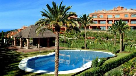 2 bedroom Apartment for sale in Estepona – R3401398