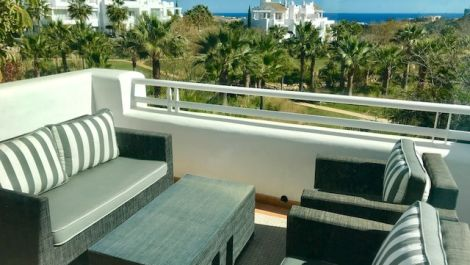 2 bedroom Apartment for sale in Estepona – R3199357 in