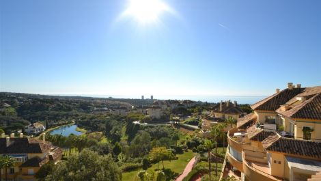 3 bedroom Penthouse for sale in Elviria Hills – R3353458