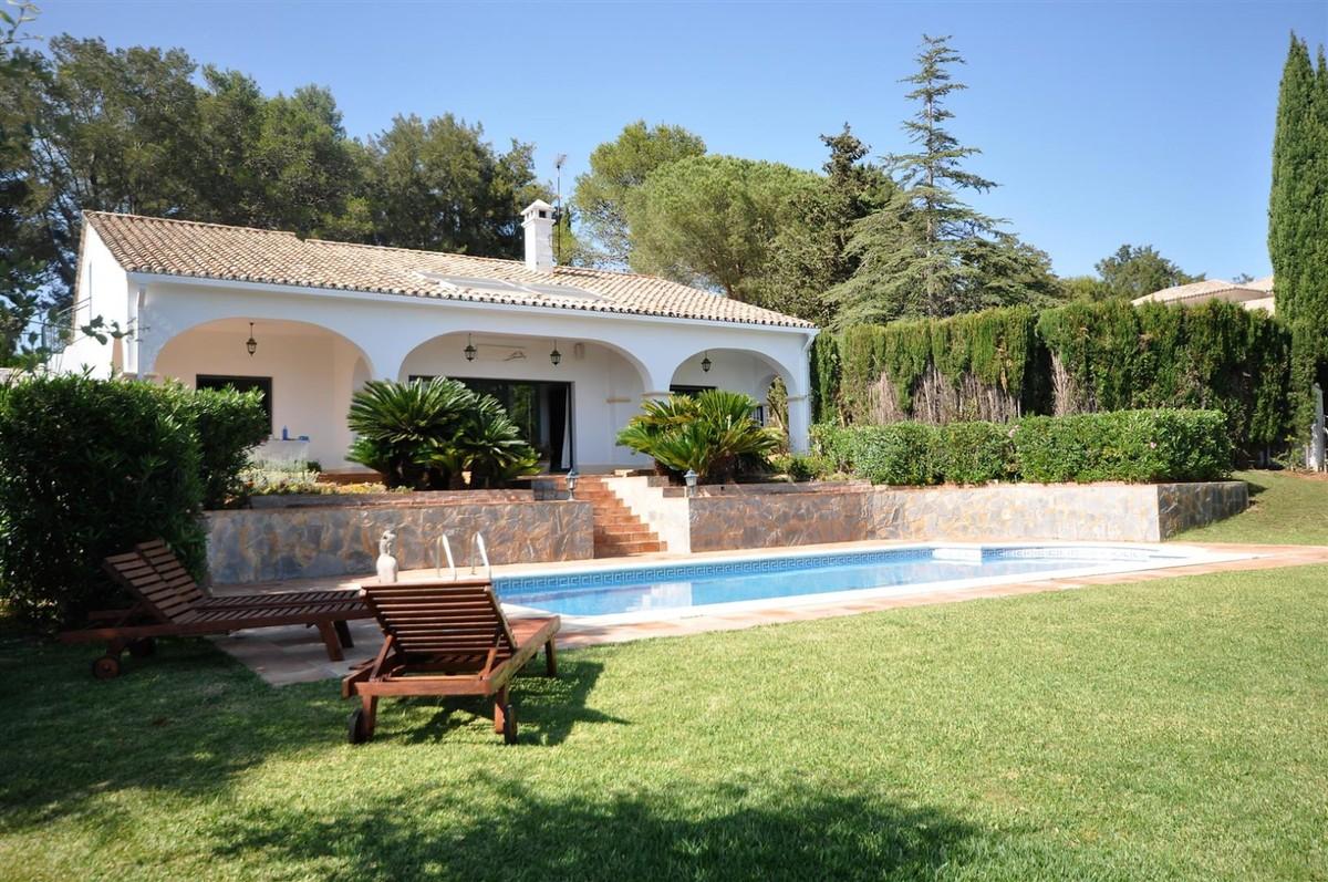 3 bedroom Villa for sale in Sotogrande Alto – R3455347