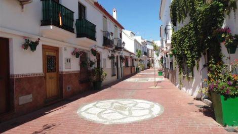 4 bedroom Townhouse for sale in Estepona – R2255498