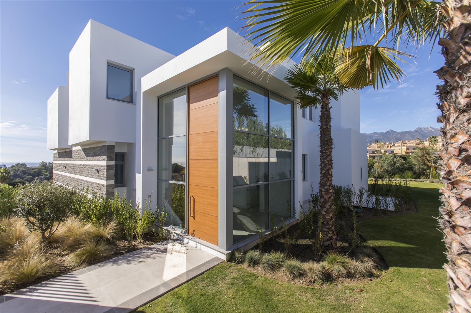 Lujosa villa de 5 dormitorios en Santa Clara