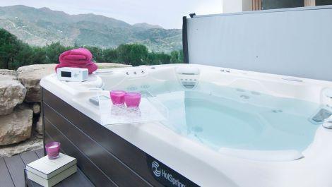 Apartamento de 3 dormitorios en venta en Los Monteros – R2894594 en