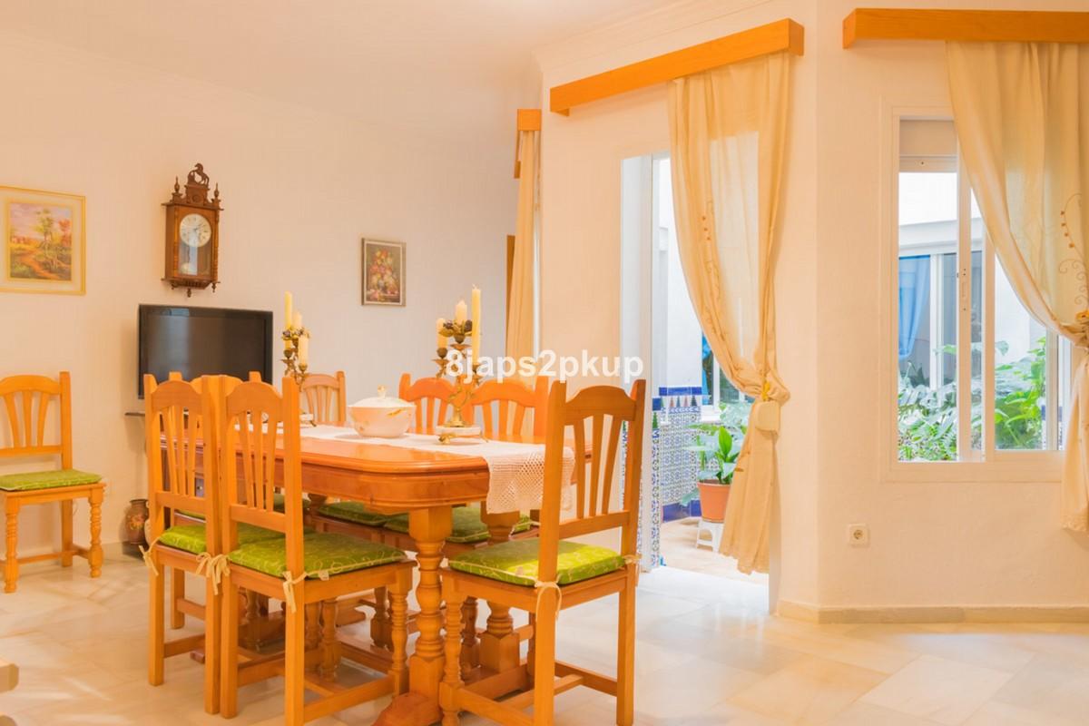 3 bedroom Townhouse for sale in Estepona – R3384247