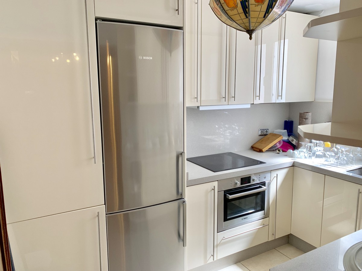 1 bedroom Penthouse for sale in Puerto Banús – R3425125