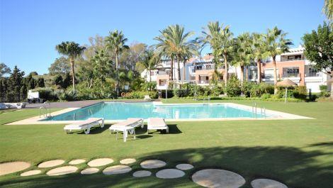 Apartamento de 2 dormitorios en venta en Nueva Milla de Oro – R3514399