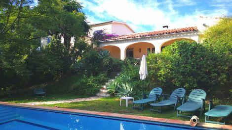 5 bedroom Villa for sale in Estepona – R3275998