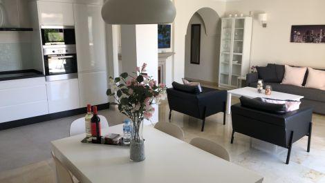 2 bedroom Apartment for sale in Elviria – R3523180 in