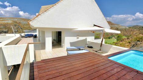 Atico de 3 dormitorios en venta en Los Flamingos – R3473908 en