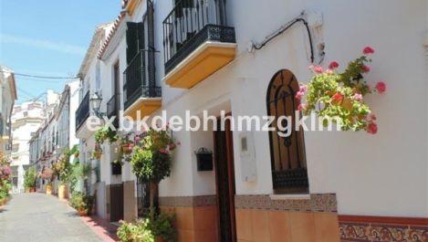 3 bedroom Townhouse for sale in Estepona – R2252066