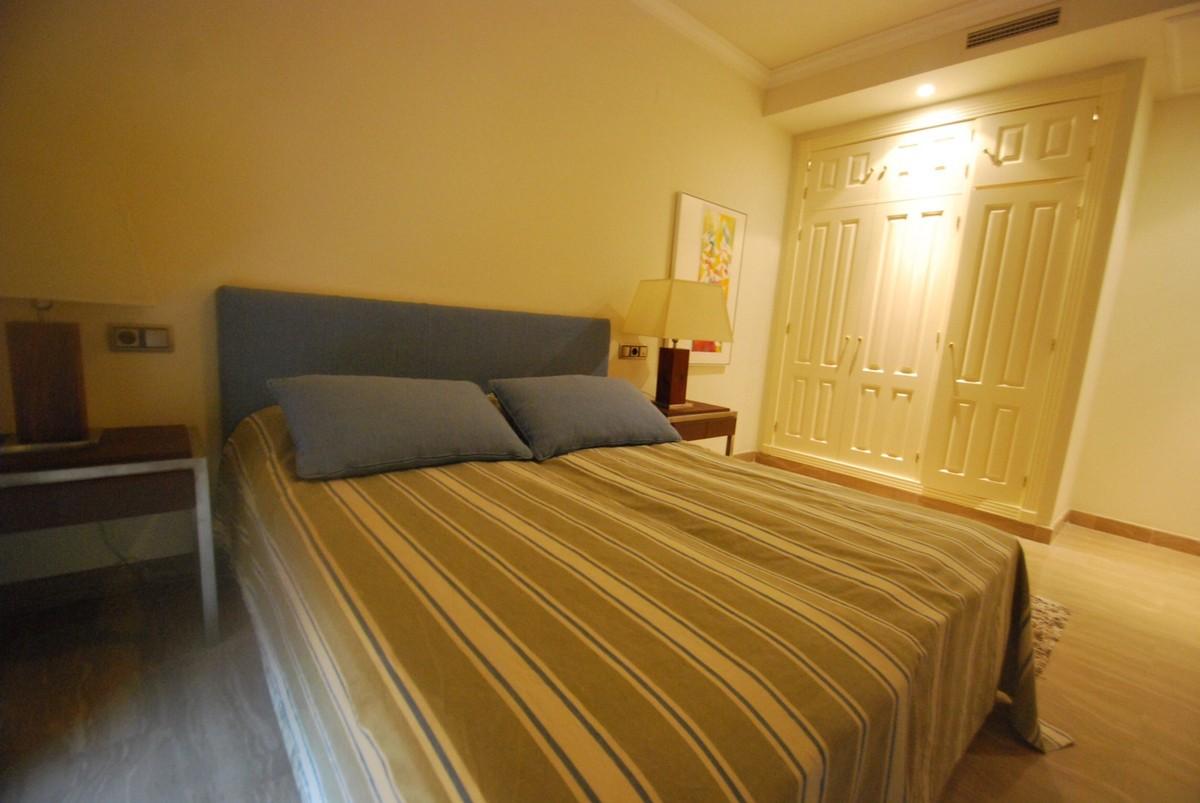 3 bedroom Apartment for sale in Sierra Blanca – R2694020