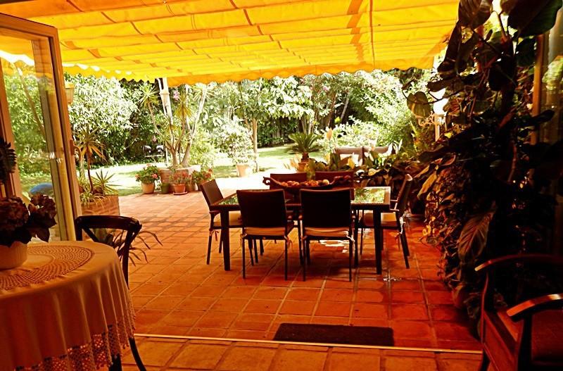 Apartamento de 3 dormitorios en venta en San Pedro de Alcántara – R2955863