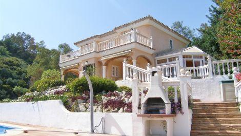 Villa de 4 dormitorios en venta en – R3171508