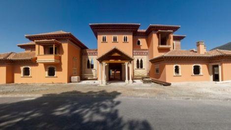 7 bedroom Villa for sale in La Zagaleta – R2488076 in