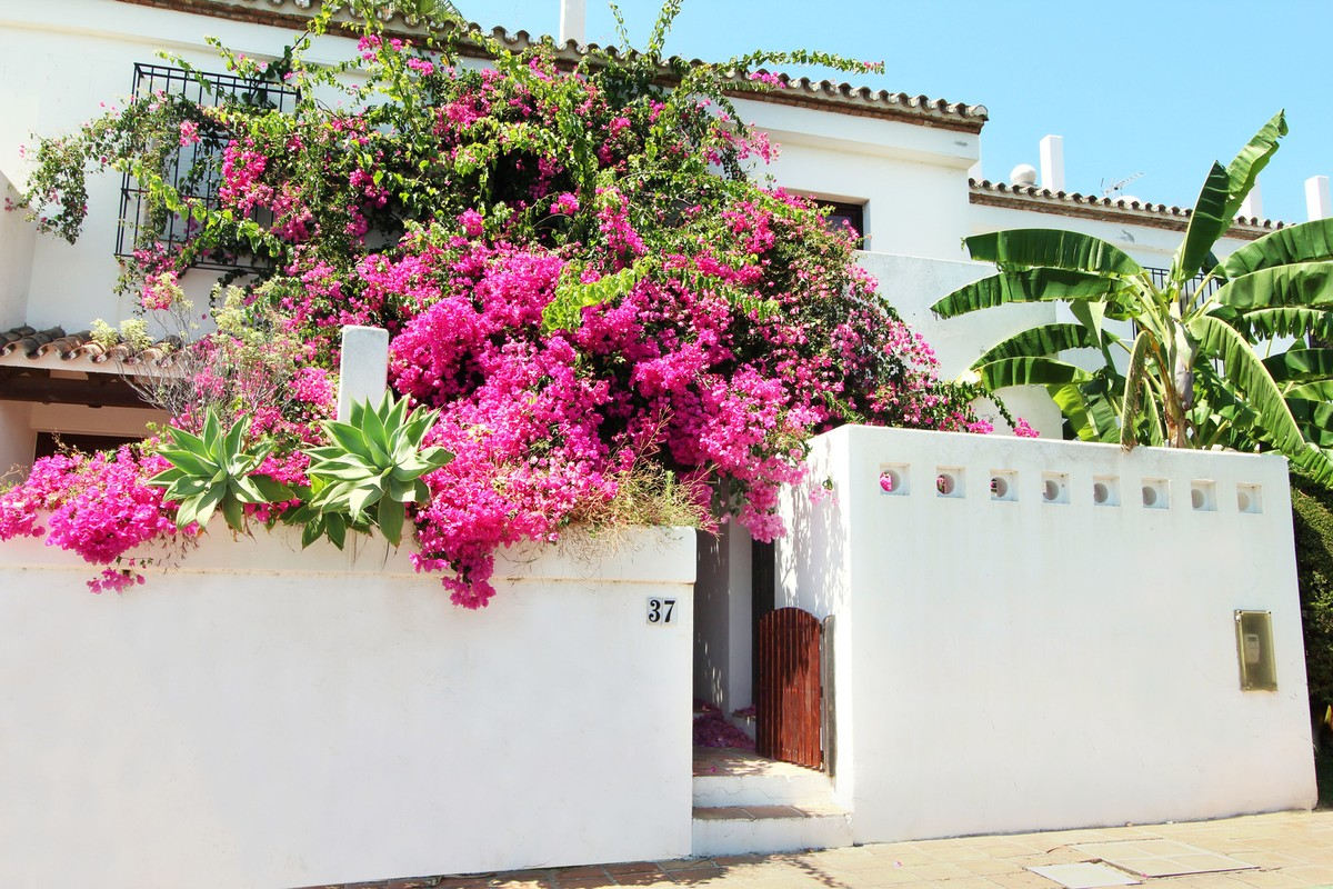 3 bedroom Townhouse for sale in Estepona – R3238135