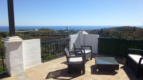 3 bedroom Penthouse for sale in Altos de los Monteros – R3509761 in