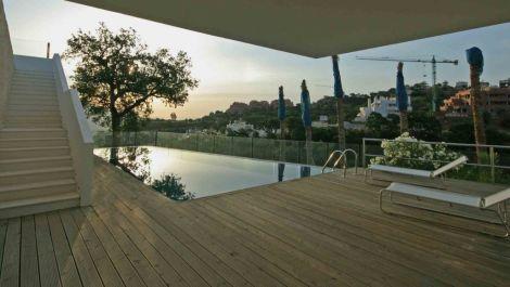 4 bedroom Villa for sale in La Mairena – R2756009 in