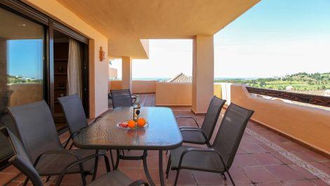 Apartamento de 2 dormitorios en venta en Benahavís – R3266170