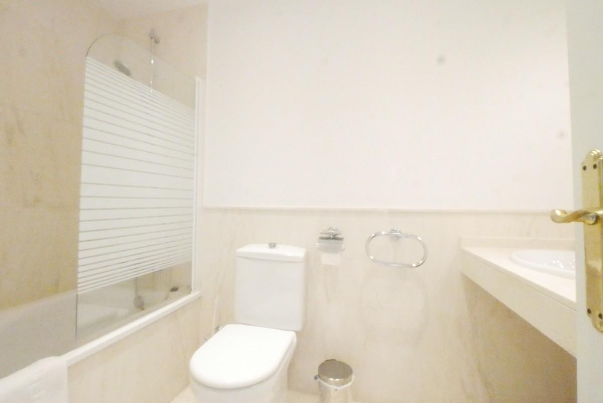 2 bedroom Apartment for sale in Calahonda – R3530896