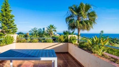 Villa de 4 dormitorios en venta en Río Real – R3389830 en
