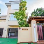 4 bedroom Villa for sale in Río Real – R3389830
