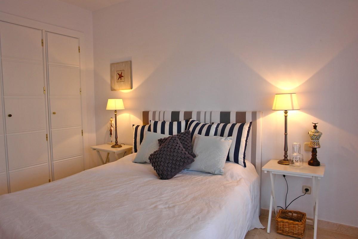 Apartamento de 2 dormitorios en venta en Río Real – R3305938