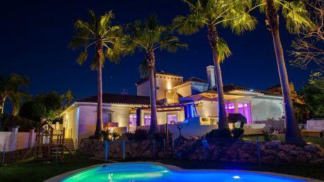 Villa de 5 dormitorios en venta en Río Real – R2918459 en