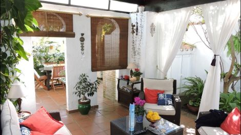 2 bedroom Villa for sale in Estepona – R3059428 in