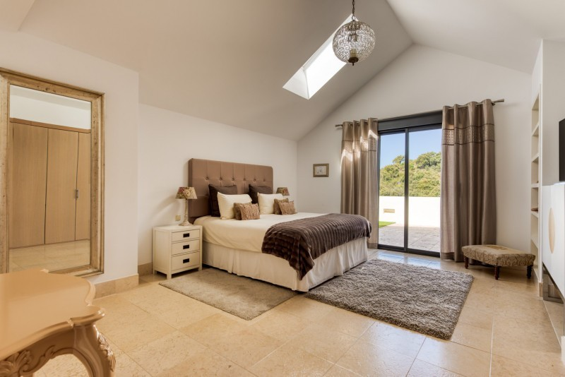4 bedroom Penthouse for sale in Altos de los Monteros – R3405253
