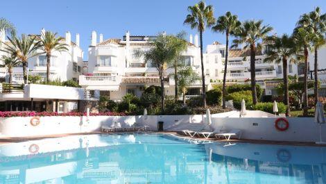 1 bedroom Apartment for sale in Elviria – R3241402