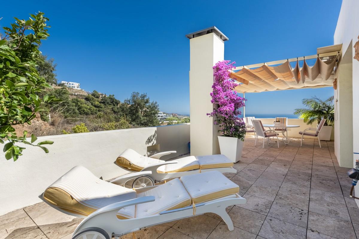 3 bedroom Penthouse for sale in Altos de los Monteros – R3466591