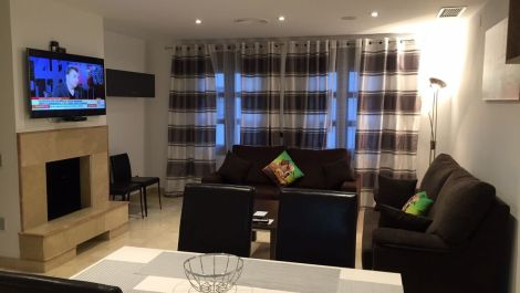 2 bedroom Apartment for sale in Puerto Banús – R3225832