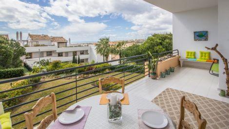 2 bedroom Apartment for sale in Riviera del Sol – R3136735 in