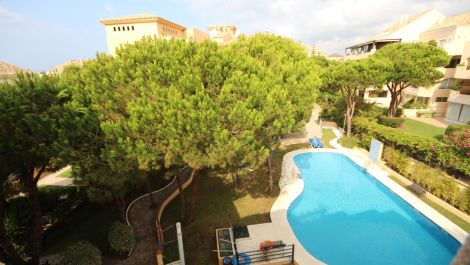 2 bedroom Penthouse for sale in Elviria – R3497734 in