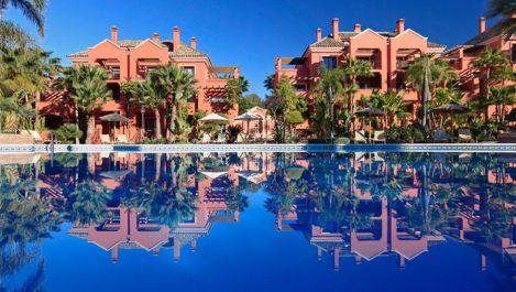 Apartamento de 2 dormitorios en venta en Puerto Banús – R3222829
