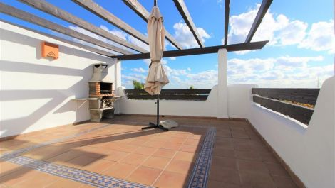 Apartamento de 2 dormitorios en venta en Selwo – R2677493 en