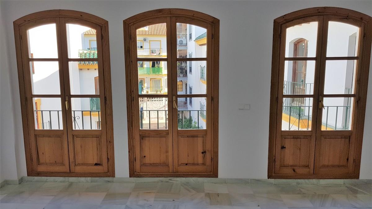 Atico de 2 dormitorios en venta en San Pedro de Alcántara – R3515023
