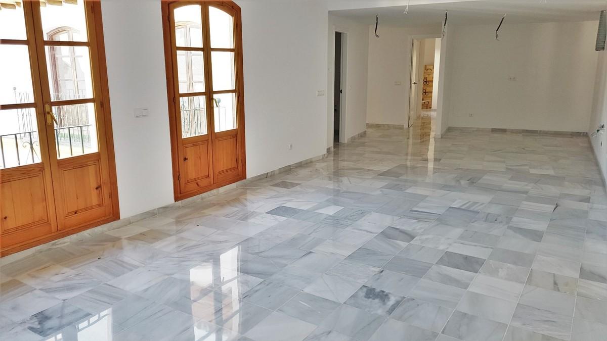 2 bedroom Penthouse for sale in San Pedro de Alcántara – R3515023