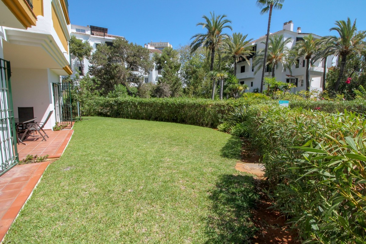 3 bedroom Apartment for sale in Elviria – R3507883