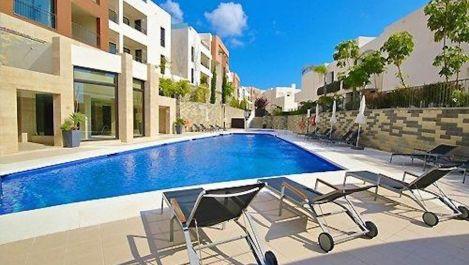 Apartamento de 2 dormitorios en venta en Los Monteros – R3168277 en