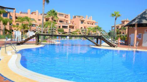 Apartamento de 2 dormitorios en venta en Hacienda del Sol – R3462124 en