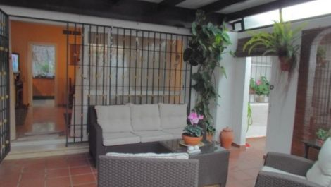 2 bedroom Villa for sale in Estepona – R3102673 in