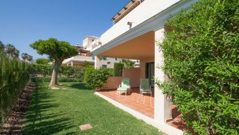 3 bedroom Apartment for sale in Elviria – R1924329 in